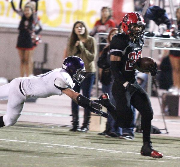 Daniel Jung had a big night in leading Glendale over Hoover, 49-6. (Tim Berger Staff Photographer)