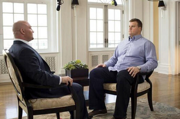 Fox Sports reporter Jay Glazer, left, interviews Miami Dolphins offensive lineman Richie Incognito about the comments left on a teammate's voice mail that have erupted into controversy.