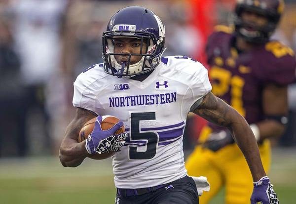 Northwestern Wildcats running back Venric Mark will seek an extra year of eligibility.