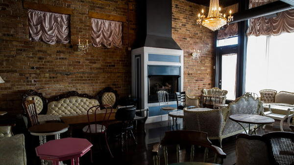 The Main Room At Scofflaw Is Heated By A Beautiful Fireplace And An Always  Packed Environment. Photo Courtesy Of RedEyeChicago.com.