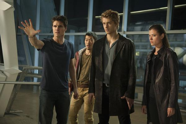 """Robbie Amell as Stephen, left, Aaron Woo as Russell, Luke Mitchell as John and Peyton List as Cara in """"The Tomorrow People."""""""
