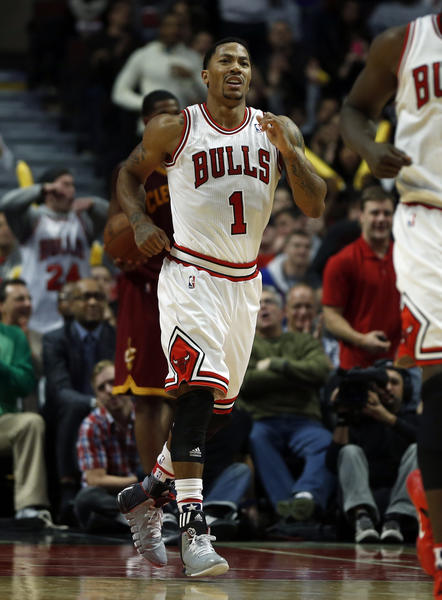 Chicago Bulls' Derrick Rose suffers injury in win - Chicago Tribune