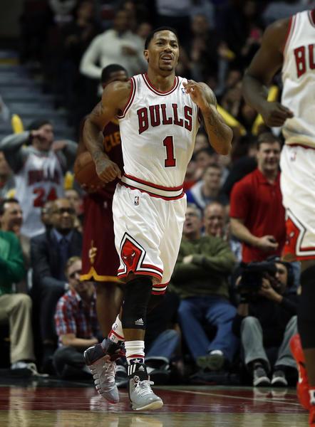 Chicago Bulls' Derrick Rose suffers injury in win - Chicago Tribune