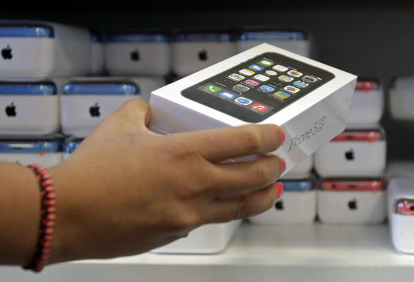 A recent survey found the iPhone is the top gift requested by teens this holiday shopping season.