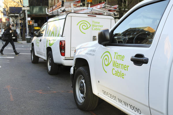 A new report by MoffettNathanson found that the pay-TV industry lost 113,000 subscribers in the third quarter. Time Warner Cable was particularly hard hit.