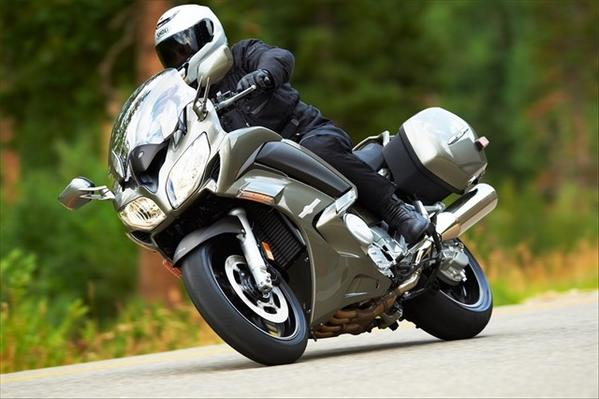 Yamaha's 2013 FJR1300 is a smooth, sport sport touring bike.