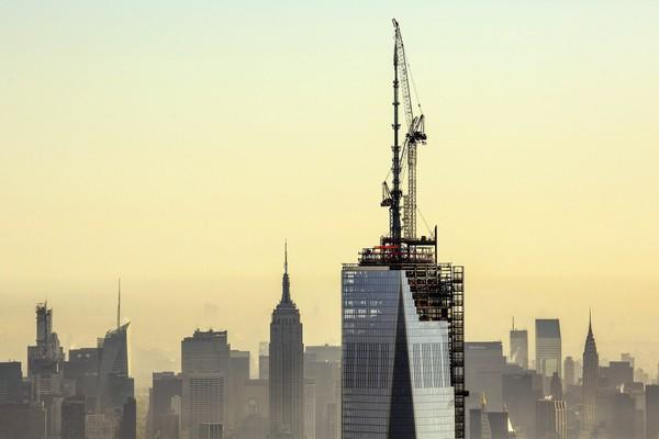 Spire for the top of One World Trade Center is put in place