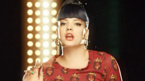 Lily Allen answers accusations of racism in video for 'Hard Out Here'