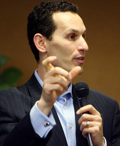 Aaron Kushner, CEO of Freedom Communications, agreed to buy the Riverside Press-Enterprise for $27.25 million but has not yet closed the deal.