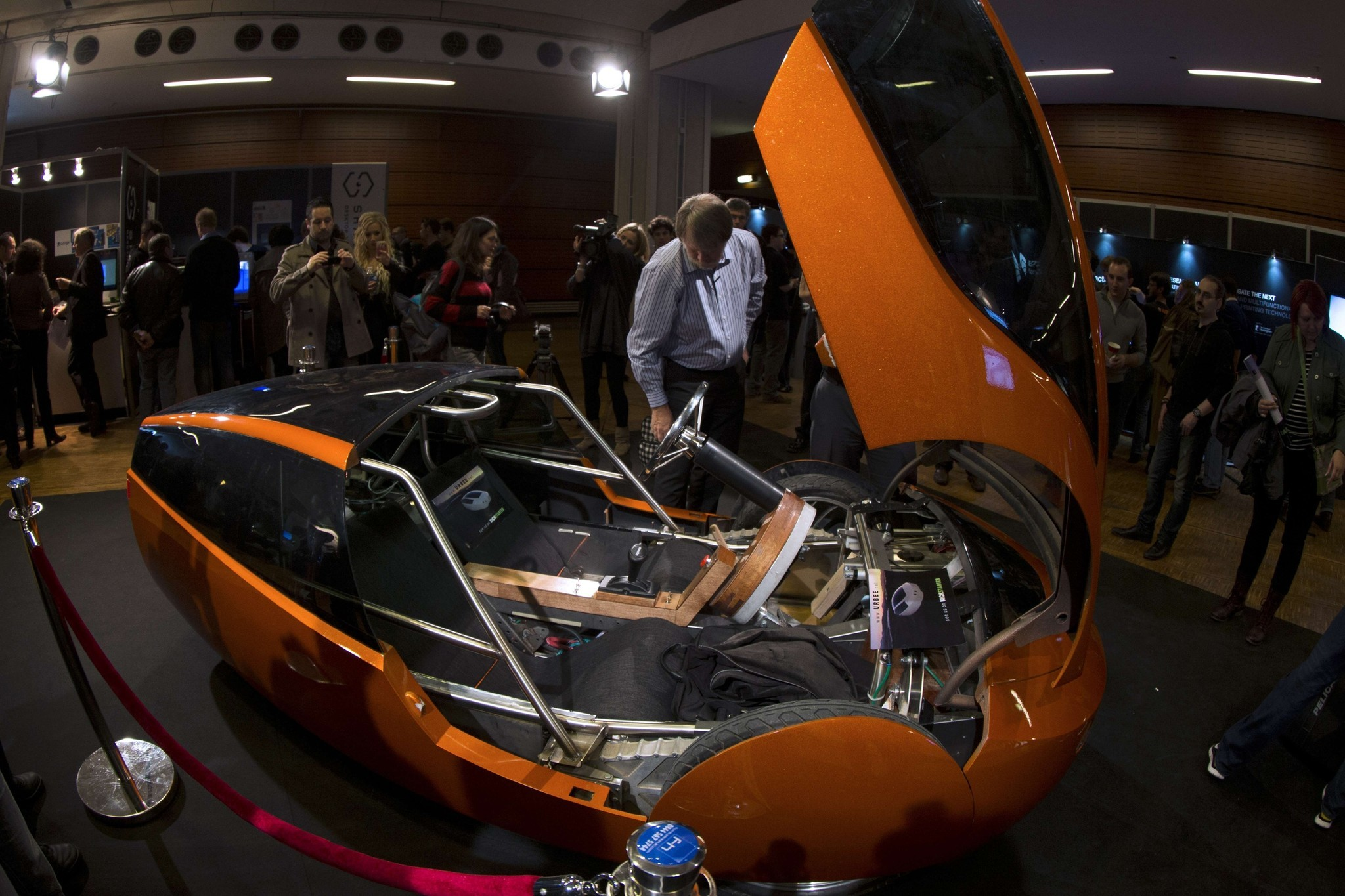 3-D printers bring quirky eco-car to life
