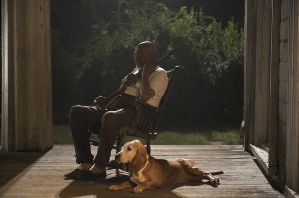 Oscar Boneau (Louis Gossett, Jr.) provides temporary refuge for Chalky White and Daughter Maitland on Boardwalk Empire.