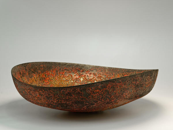 Large ceramic bowl by Jay Kvapil at Couturier Gallery.