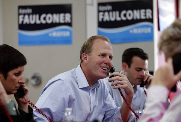 San Diego City Councilman Kevin Faulconer makes phone calls to voters. He is the only Republican among the major mayoral candidates.