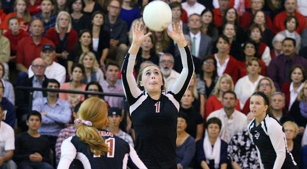Sophia Coffey and the Flintridge Sacred Heart volleyball team dropped their CIF semifinal on Tuesday.