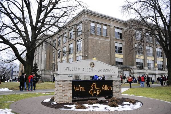 Allen High is the biggest school in the Allentown School District, which leads the state in the number of students expelled in the 2011-12 school year, says an ACLU report.