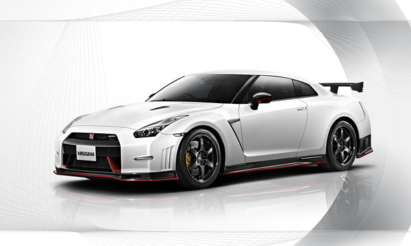 Nissan's sporty GT-R Nismo made its North American debut at the Los Angeles Auto Show on Wednesday.