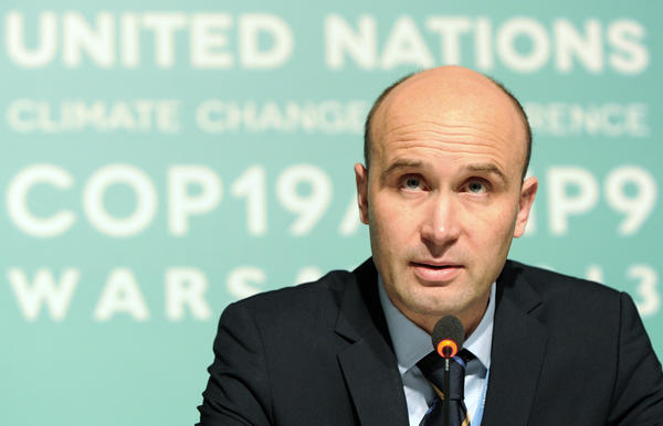 Marcin Korolec, chair of the U.N. climate change talks in Warsaw that run through Friday, was sacked from his job as Polish environment minister on Wednesday, reportedly for failing to speed up regulations to expand shale gas exploitation.