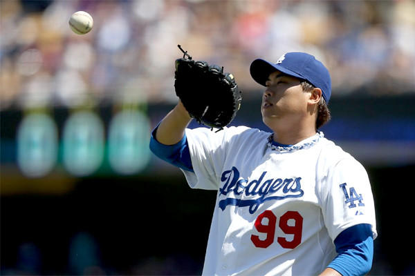 Hyun-Jin Ryu finished his first season in the major league with a 14-8 record and a 3.00 ERA.