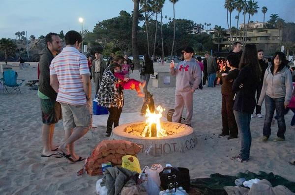 Newport Beach staff will recommend the city OK take part in a pilot project with AQMD, which must first approve building of natural gas-burning sample bonfire pits.