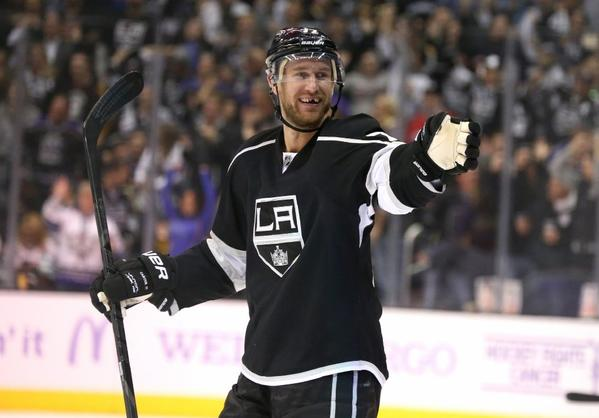 Jeff Carter should be back in action for the Kings on Monday.
