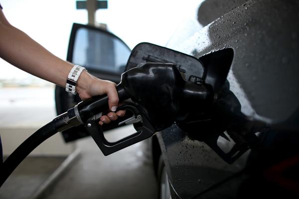 Gas prices on Thanksgiving will be down compared with prices last year, according to GasBuddy.com