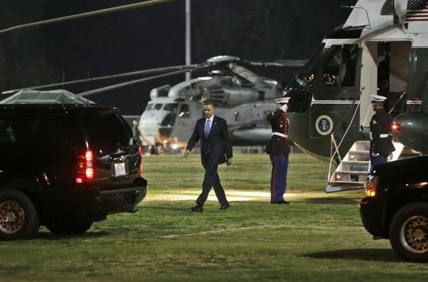 At Cheviot Hills Park, President Obama walks from Marine One to a waiting car to take him to visit the family of the TSA agent shot to death on duty at LAX, and then to Beverly Hills fundraising events.