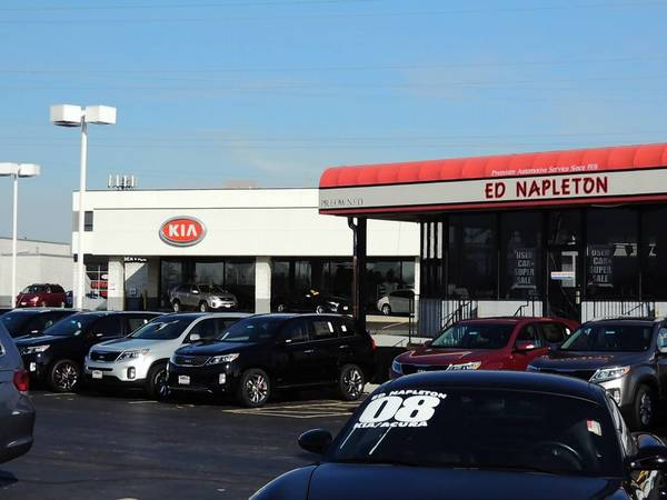 Elmhurst has agreed to rebate up to $750,000 over 10 years to help the Napleton Group renovate its Kia dealership.