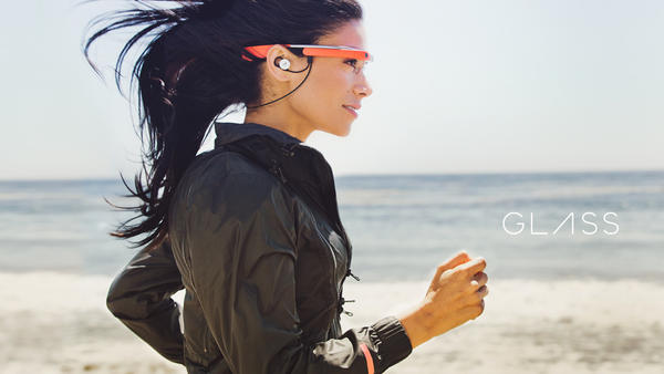 Google is trying to get more apps developed for its Glass eyewear.