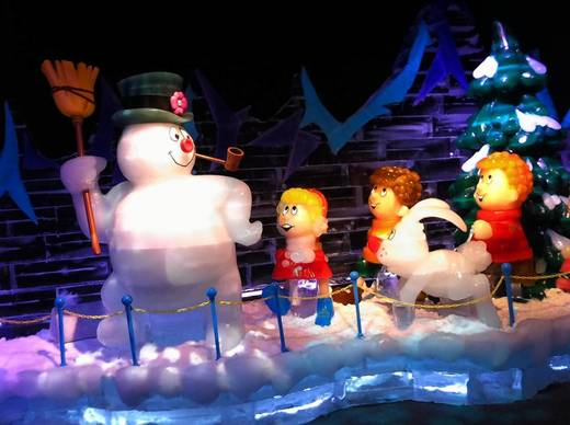 """Frosty the Snowman"" characters made of ice are found throughout the ICE! exhibit at Gaylord Palms this year."