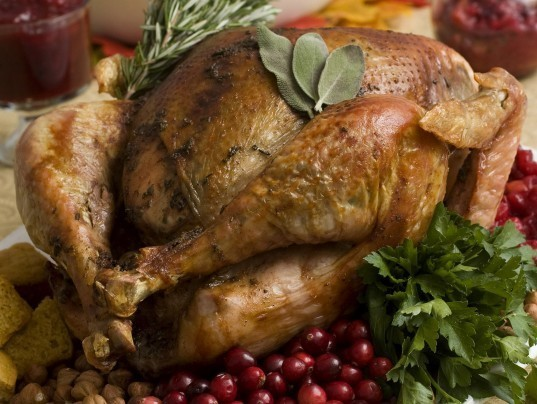 Restaurants open on thanksgiving offer black friday meal for Fast food places open on thanksgiving