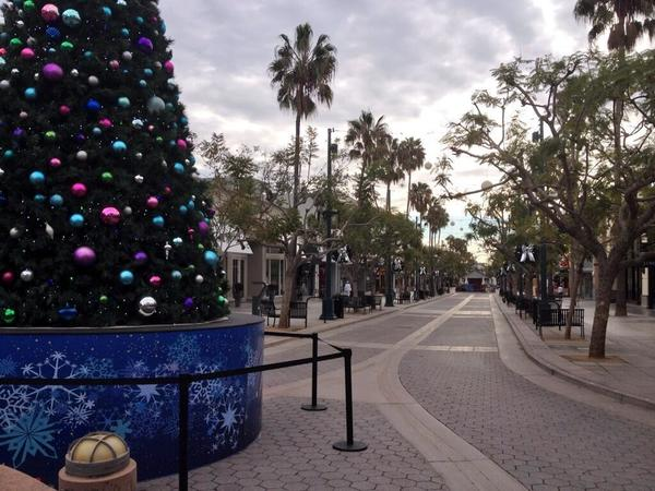 The Third Street Promenade in Santa Monica looks eerily devoid of shoppers on Thanksgiving morning.