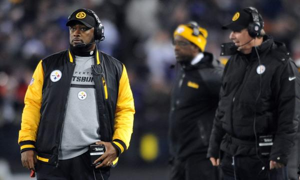 Pittsburgh Coach Mike Tomlin watches from the sideline during the Steelers' 22-20 loss to the Baltimore Ravens on Thanksgiving night.