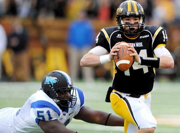 Southern Mississippi quarterback Nick Mullens, shown scrambling during a Nov. 23 game against Middle Tennessee, led the Eagles to their first win of the season on Saturday.