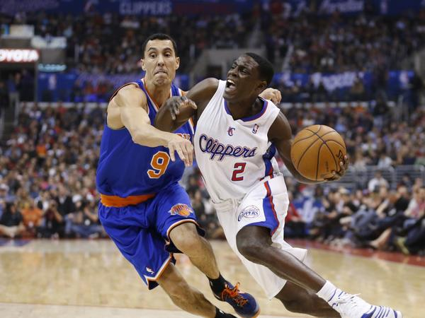 Darren Collison, right, drives against New York's Pablo Prigioni, left, during the Clippers' 93-80 win over the Knicks on Nov. 27.