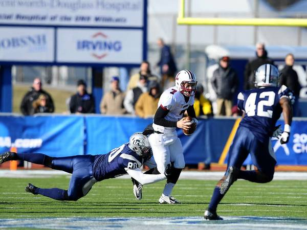 New Hampshire Rolls Past Lafayette 45 7 In Fcs Football