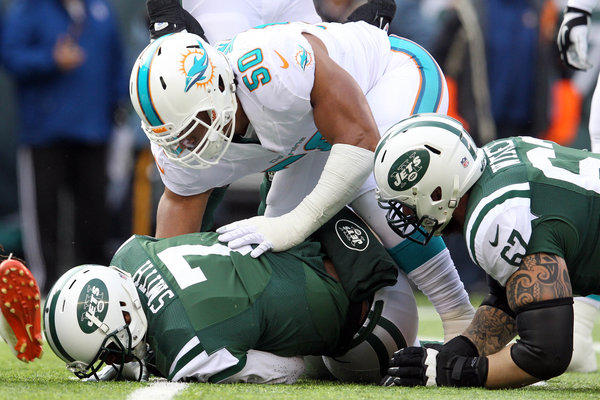 Olivier Vernon struggled as the Dolphins starting defensive end at the beginning of the season, but he's played like the team's best defender in the second half of 2013. Vernon, a former University of Miami standout, tallied 10 tackles and 2.5 sacks against the Jets. He leads the Dolphins with 10 sacks.<p>-- Omar Kelly