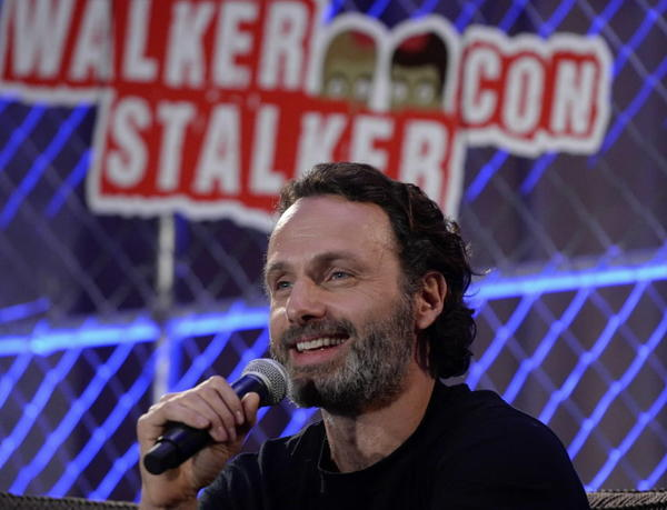 """""""The Walking Dead"""" star Andrew Lincoln participates in a panel at Walker Stalker Con November 2, 2013."""