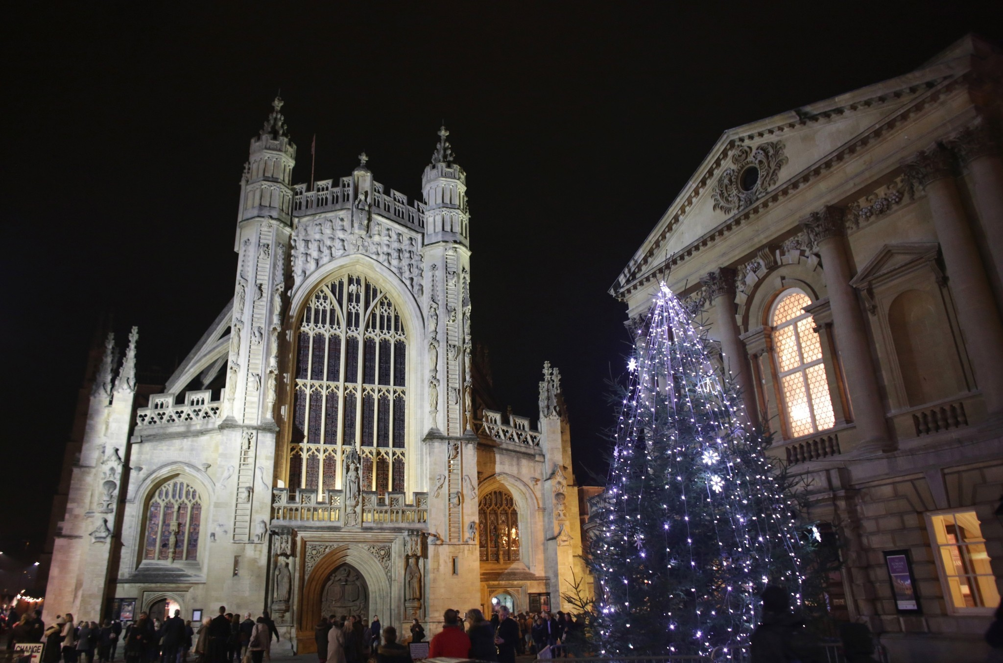 Pictures: Holiday lights from around the globe - Bath Abbey Hosts Candlelit Advent Procession