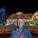 House Decorated With 420,000 Christmas Lights