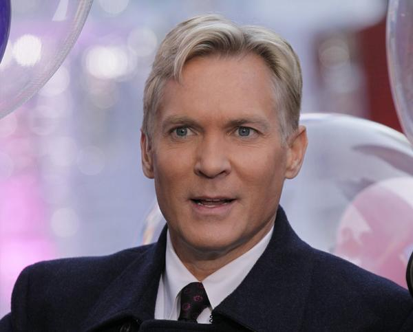 "Sam Champion is leaving ""Good Morning America"" for the Weather Channel."