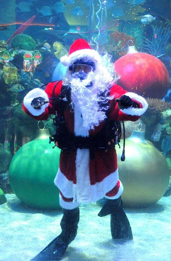 Santa Claus will make a splash as he greets children from inside an aquarium at the Silverton Casino Hotel in Las Vegas. He will make his first appearance Saturday and continue through Dec. 22.