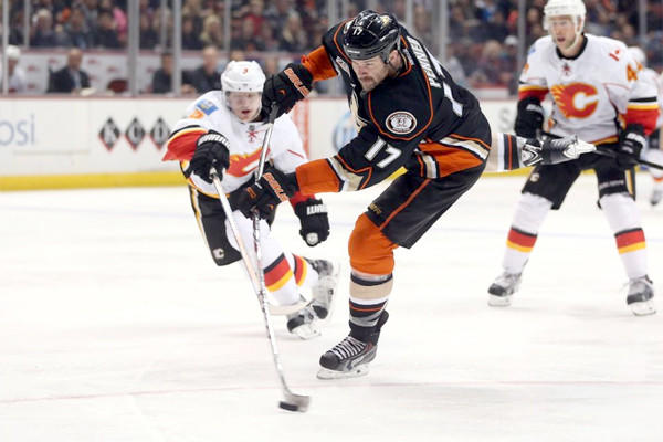 Dustin Penner has already scored nine goals for the second-place Anaheim Ducks through 22 games, equaling his total with the Kings over two years.