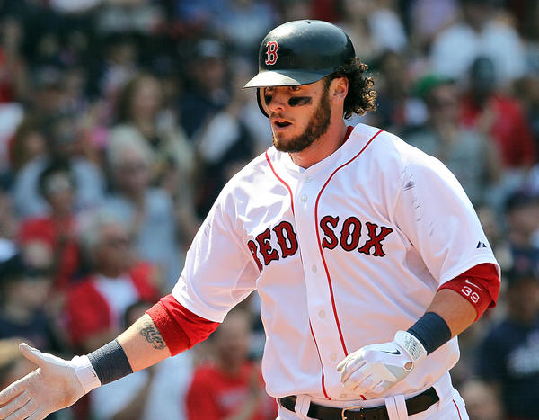 The Miami Marlins and free agent catcher Jarrod Saltalamacchia are close to a three-year, $21 million offer.