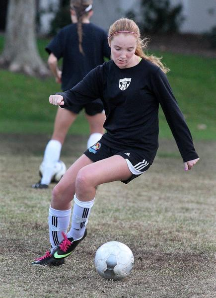 Flintridge Sacred Heart's Sarah Vail prepares for the season at girls' soccer practice on campus on November 26. (Tim Berger/Staff Photographer)