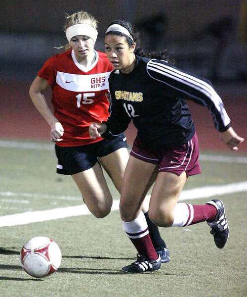 La Caada defender Olivia Leyva, right, is one of a few key returners for the Spartans this season. (Tim Berger/File Photo)