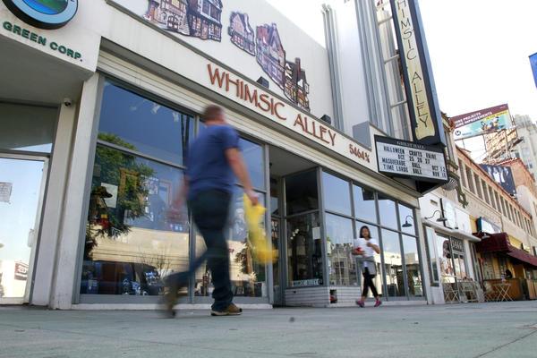 Whimsic Alley settles with Warner Bros.