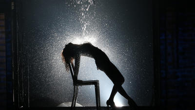 Theater review: 'Flashdance the Musical'