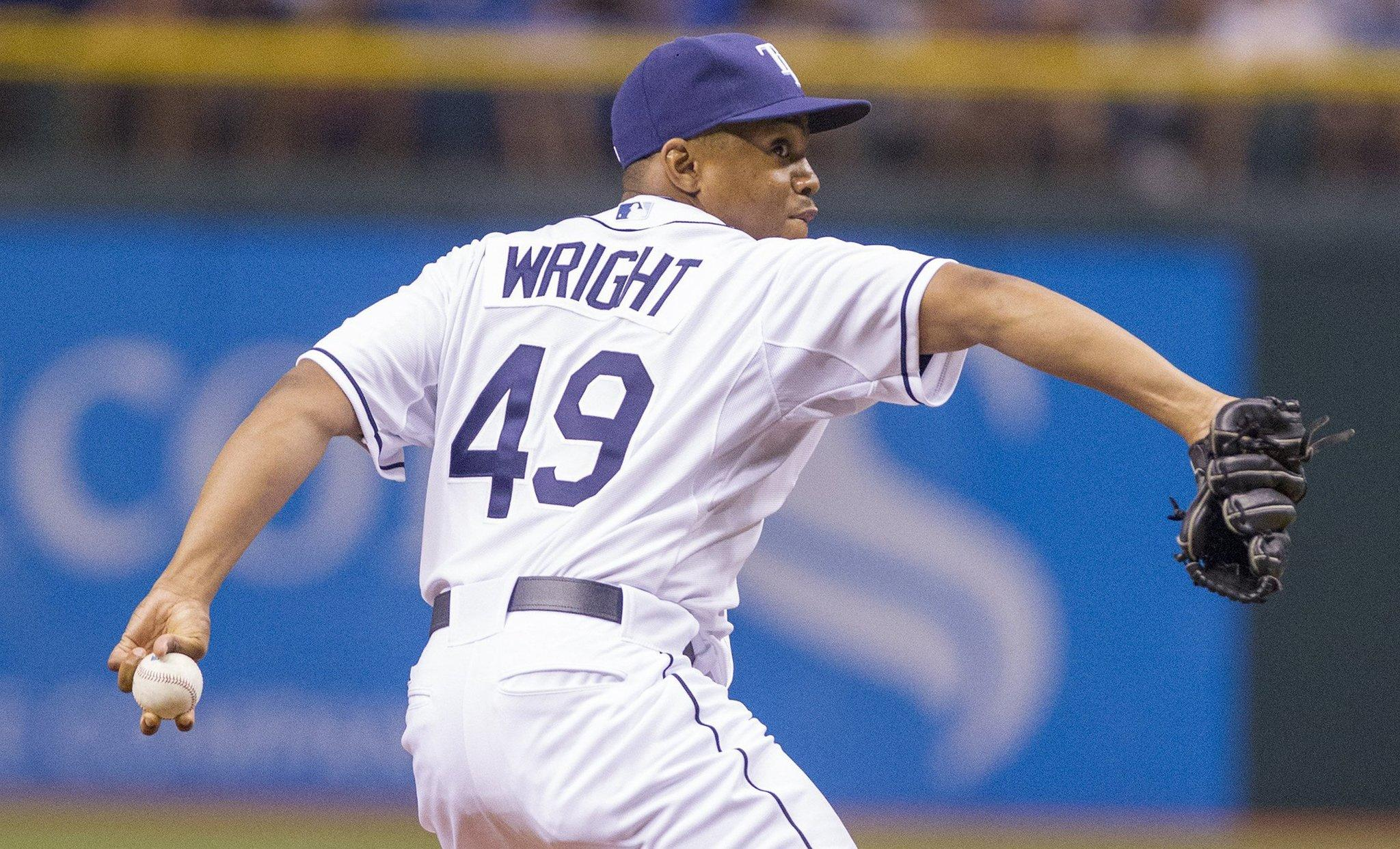 Wesley Wright pitches for the Rays during a game in August.