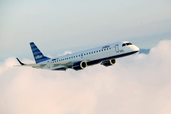 JetBlue Airways aircraft in flight.