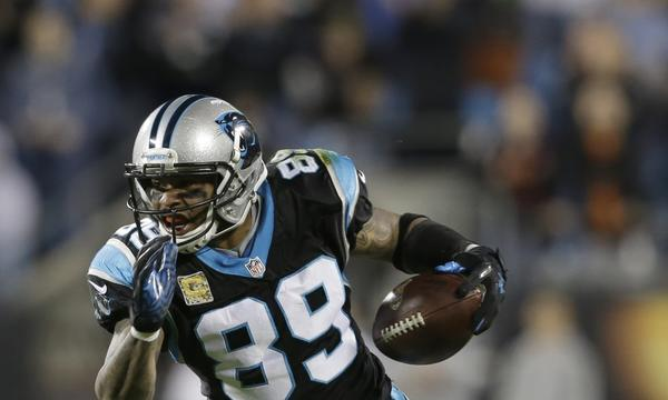 Carolina Panthers wide receiver Steve Smith says he performs well in a chaotic environment. Sunday night's game against the New Orleans Saints should provide the veteran with plenty of opportunities to excel under pressure.